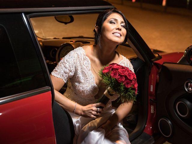 O casamento de Marcelo e Karine em Porto Alegre, Rio Grande do Sul 12