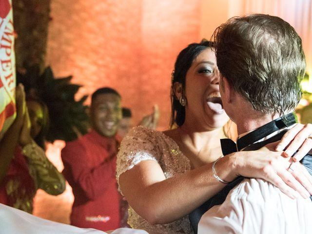 O casamento de Marcelo e Karine em Porto Alegre, Rio Grande do Sul 16