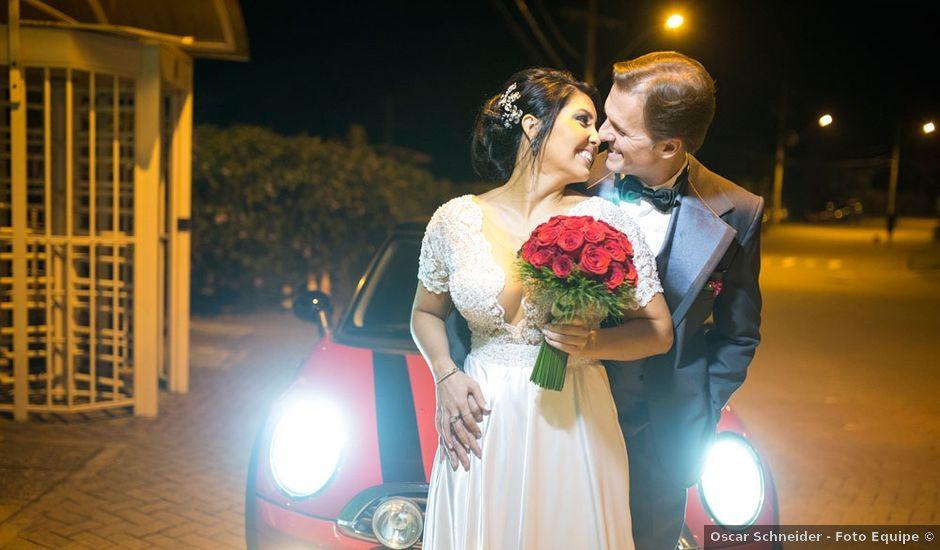 O casamento de Marcelo e Karine em Porto Alegre, Rio Grande do Sul