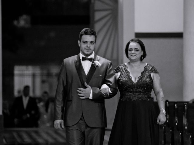 O casamento de Louredan e Gabriella em Timóteo, Minas Gerais 8