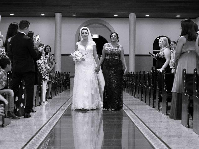 O casamento de Louredan e Gabriella em Timóteo, Minas Gerais 9