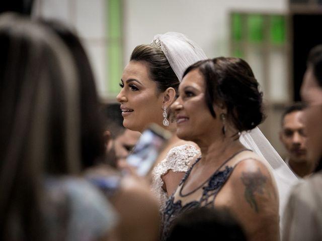 O casamento de Louredan e Gabriella em Timóteo, Minas Gerais 11