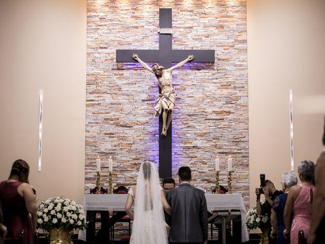 O casamento de Louredan e Gabriella em Timóteo, Minas Gerais 13