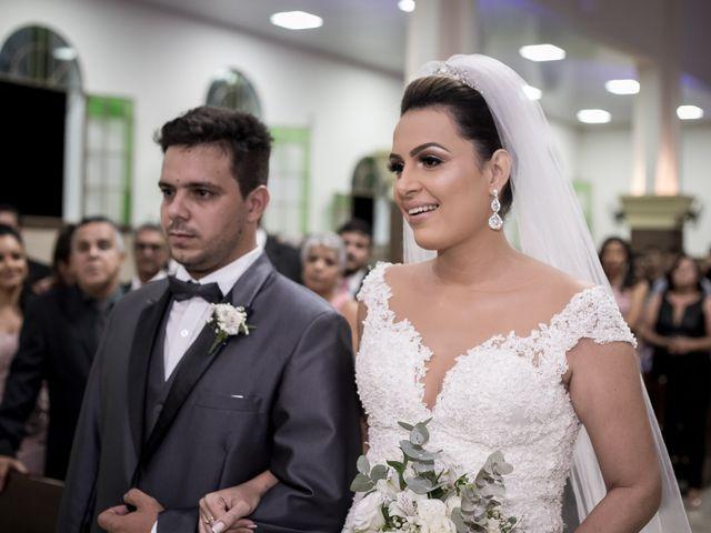 O casamento de Louredan e Gabriella em Timóteo, Minas Gerais 14