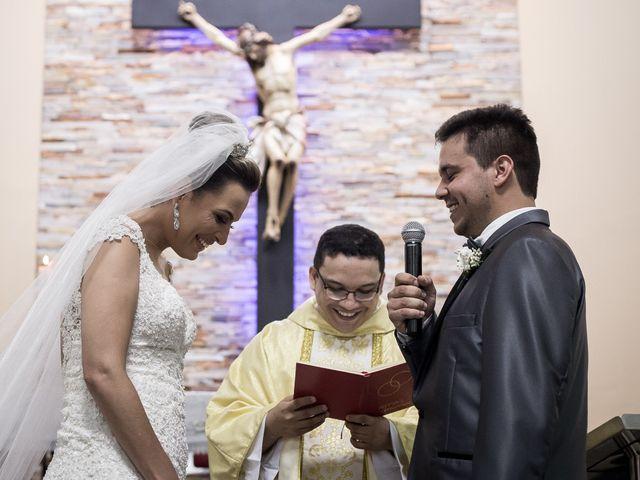 O casamento de Louredan e Gabriella em Timóteo, Minas Gerais 16