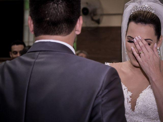 O casamento de Louredan e Gabriella em Timóteo, Minas Gerais 19