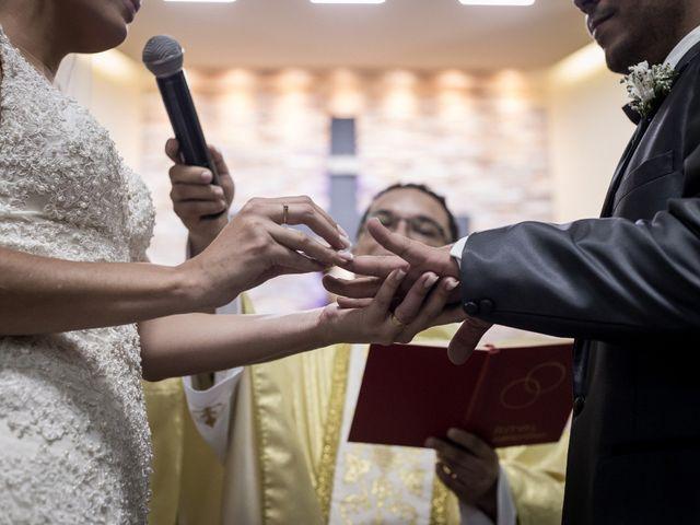 O casamento de Louredan e Gabriella em Timóteo, Minas Gerais 21