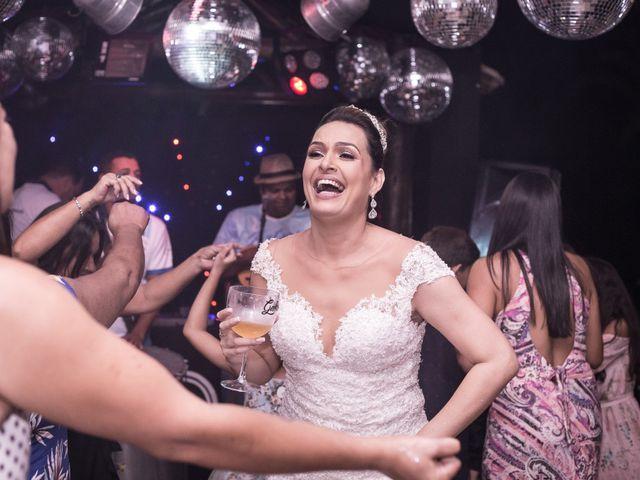 O casamento de Louredan e Gabriella em Timóteo, Minas Gerais 32