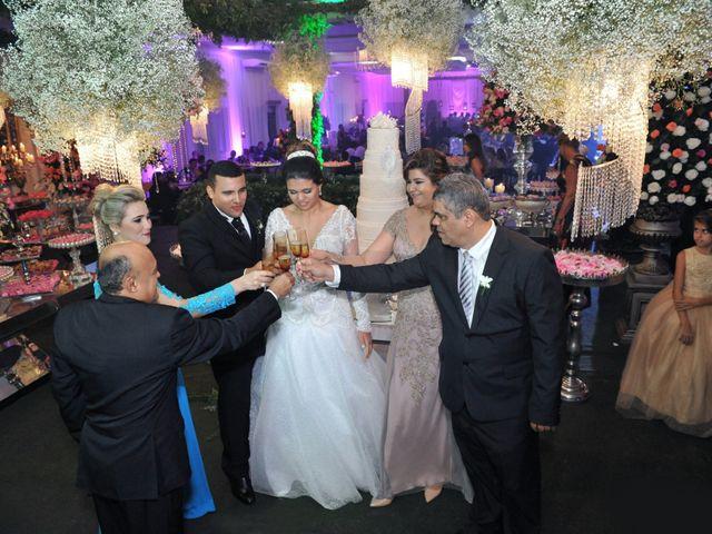 O casamento de Gustavo e Fernanda em Montes Claros, Minas Gerais 20