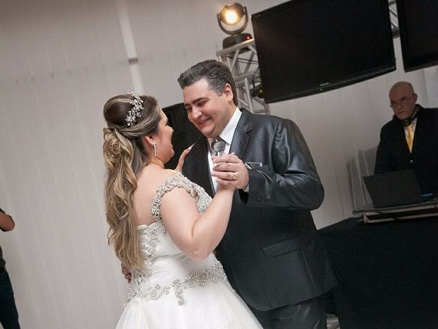 O casamento de Mauricio e Juliana em Florianópolis, Santa Catarina 24