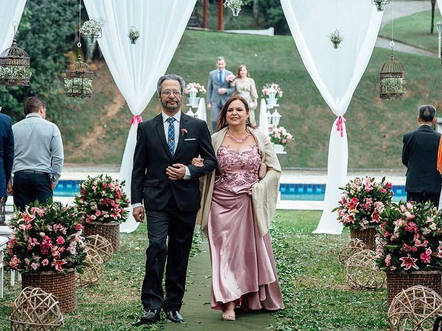 O casamento de Victor e Natália em Mairiporã, São Paulo 15