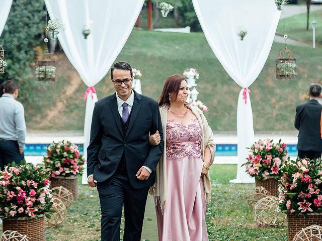 O casamento de Victor e Natália em Mairiporã, São Paulo 23