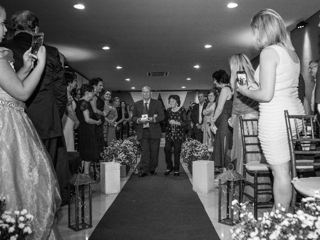 O casamento de Rafael e Viviane em São Paulo, São Paulo 30