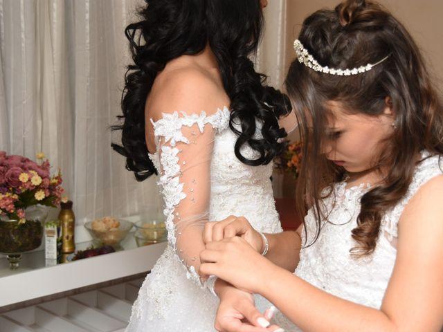 O casamento de Everton e Adriana em Alfenas, Minas Gerais 14