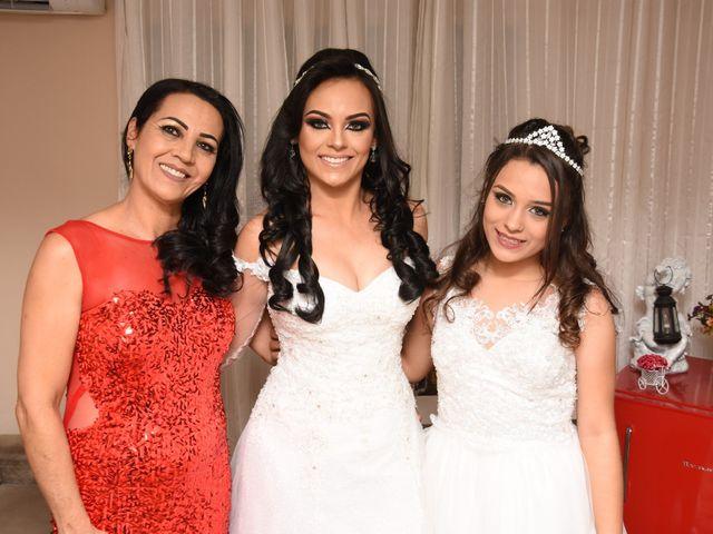 O casamento de Everton e Adriana em Alfenas, Minas Gerais 16