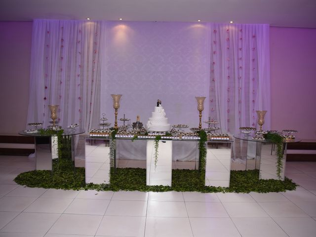 O casamento de Everton e Adriana em Alfenas, Minas Gerais 28