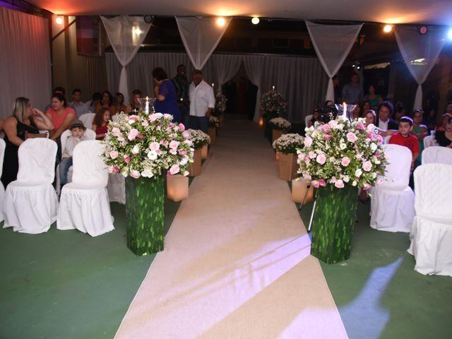 O casamento de Everton e Adriana em Alfenas, Minas Gerais 36