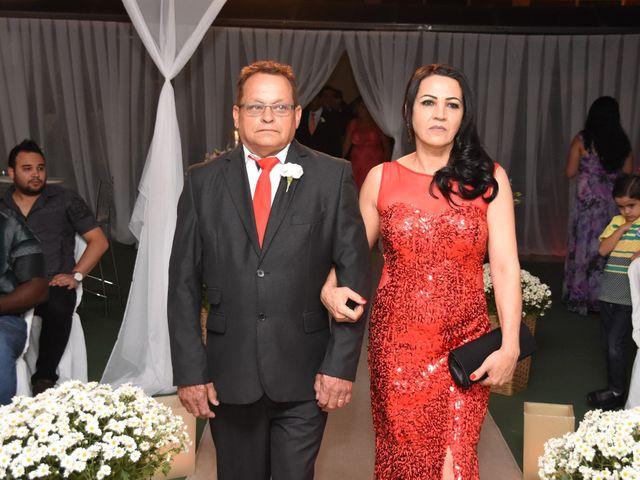O casamento de Everton e Adriana em Alfenas, Minas Gerais 39