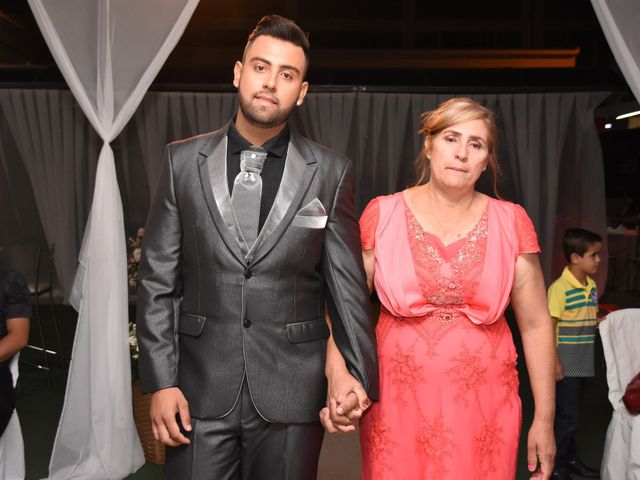 O casamento de Everton e Adriana em Alfenas, Minas Gerais 41