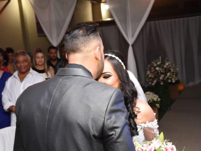 O casamento de Everton e Adriana em Alfenas, Minas Gerais 51