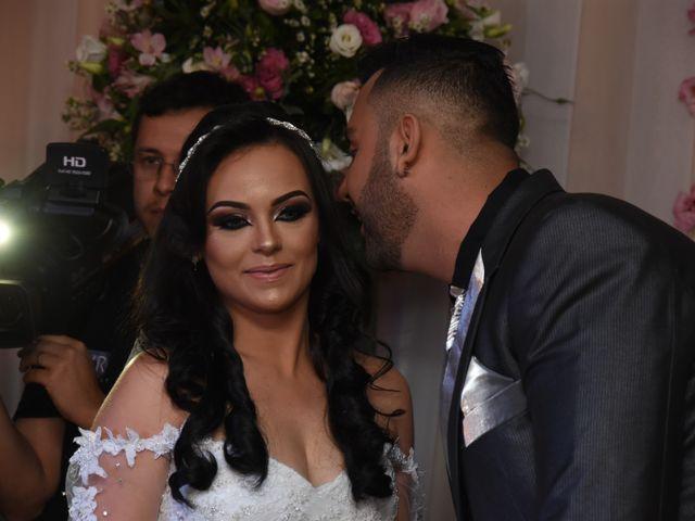 O casamento de Everton e Adriana em Alfenas, Minas Gerais 55