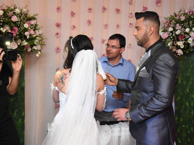 O casamento de Everton e Adriana em Alfenas, Minas Gerais 59