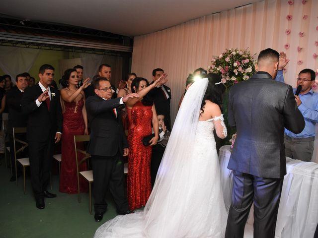 O casamento de Everton e Adriana em Alfenas, Minas Gerais 60
