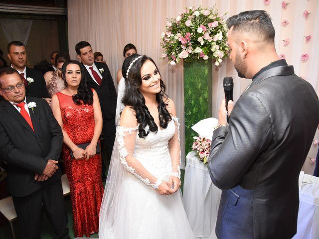 O casamento de Everton e Adriana em Alfenas, Minas Gerais 71