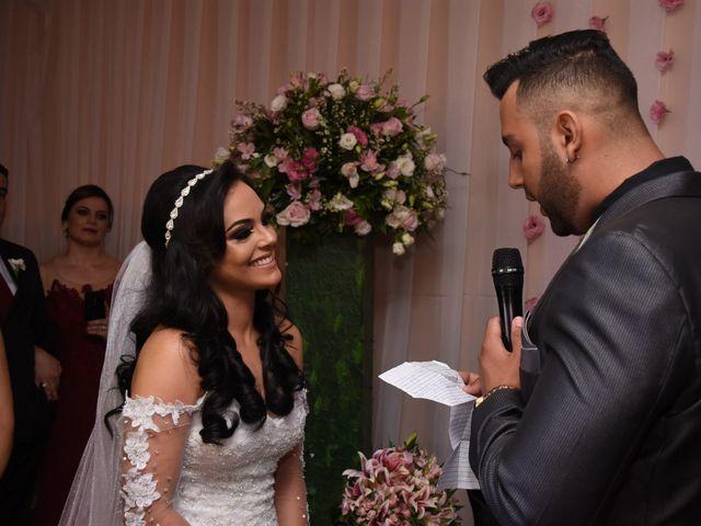 O casamento de Everton e Adriana em Alfenas, Minas Gerais 72