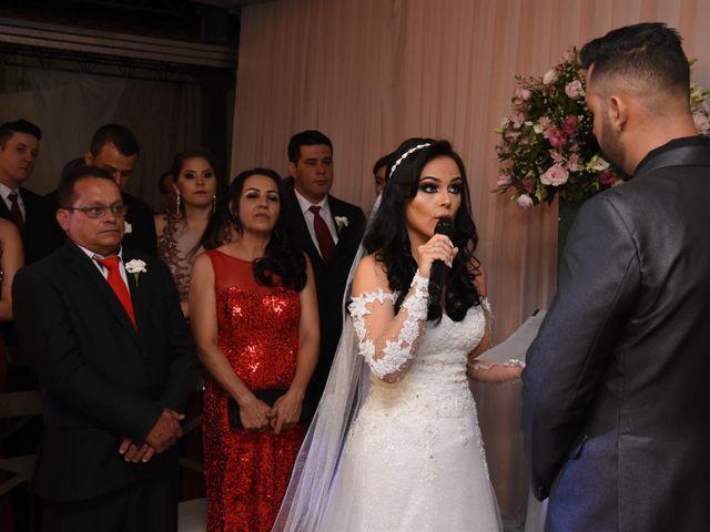 O casamento de Everton e Adriana em Alfenas, Minas Gerais 77