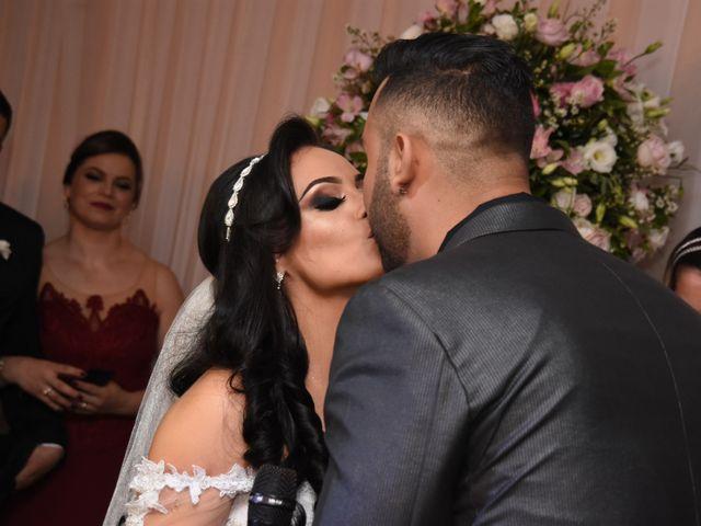 O casamento de Everton e Adriana em Alfenas, Minas Gerais 79