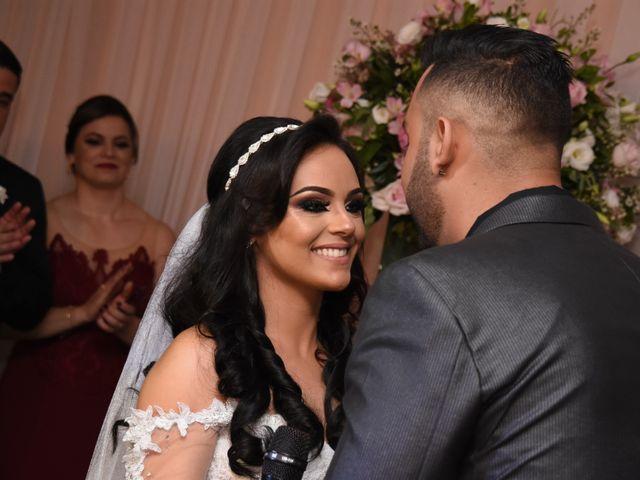 O casamento de Everton e Adriana em Alfenas, Minas Gerais 80