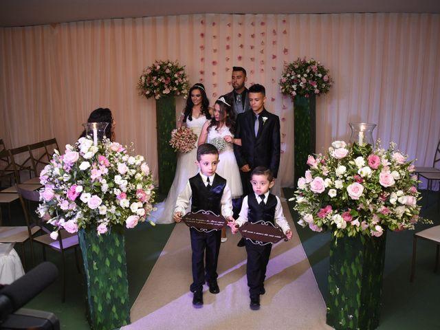 O casamento de Everton e Adriana em Alfenas, Minas Gerais 91