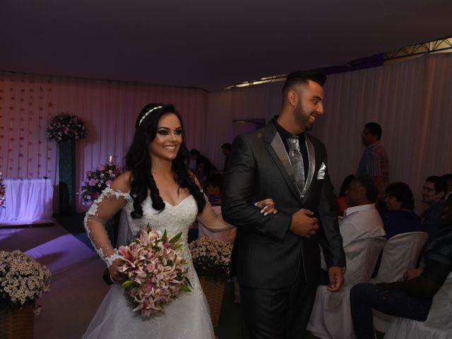 O casamento de Everton e Adriana em Alfenas, Minas Gerais 93