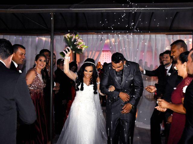 O casamento de Everton e Adriana em Alfenas, Minas Gerais 94