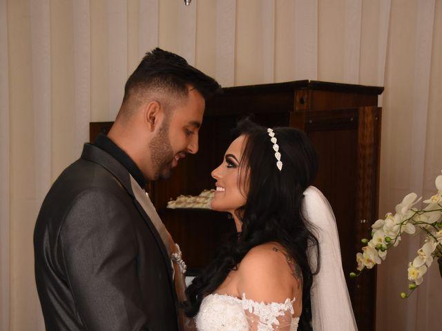 O casamento de Everton e Adriana em Alfenas, Minas Gerais 97
