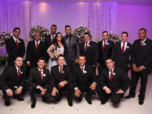 O casamento de Everton e Adriana em Alfenas, Minas Gerais 105