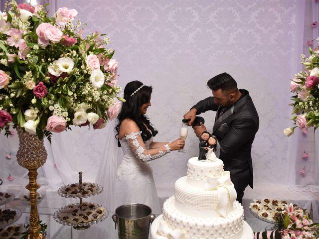 O casamento de Everton e Adriana em Alfenas, Minas Gerais 109