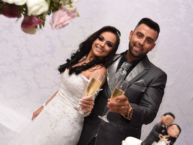 O casamento de Everton e Adriana em Alfenas, Minas Gerais 111
