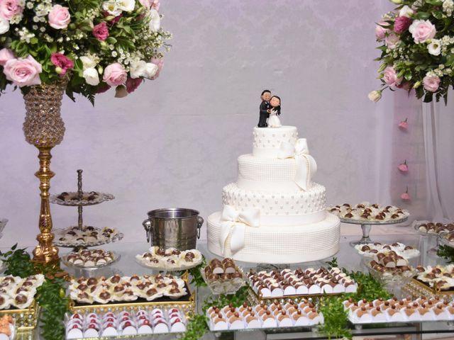 O casamento de Everton e Adriana em Alfenas, Minas Gerais 127