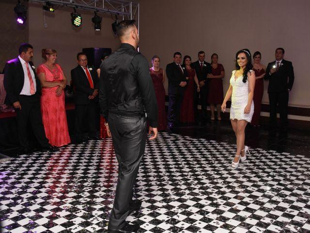 O casamento de Everton e Adriana em Alfenas, Minas Gerais 133