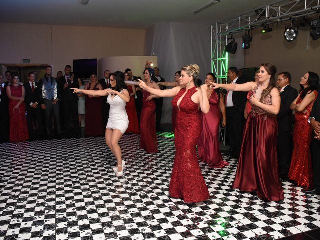 O casamento de Everton e Adriana em Alfenas, Minas Gerais 140