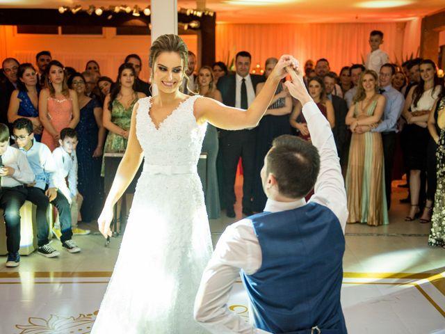 O casamento de Gustavo e Tainã em Passo Fundo, Rio Grande do Sul 25