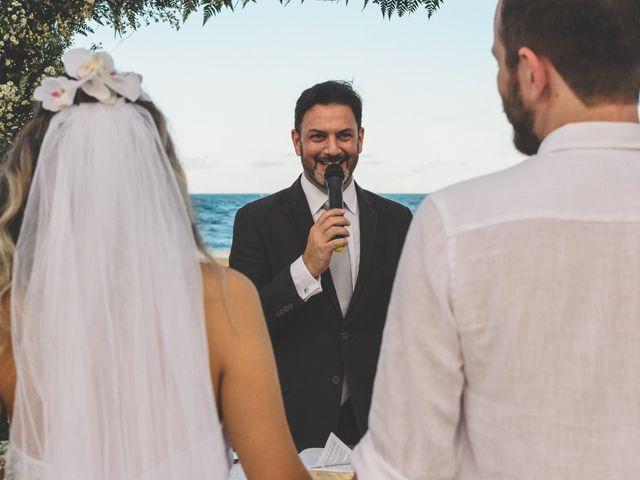 O casamento de Raphael e Ionara em Itapema, Santa Catarina 17