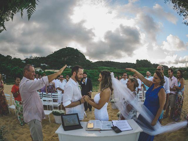 O casamento de Raphael e Ionara em Itapema, Santa Catarina 22