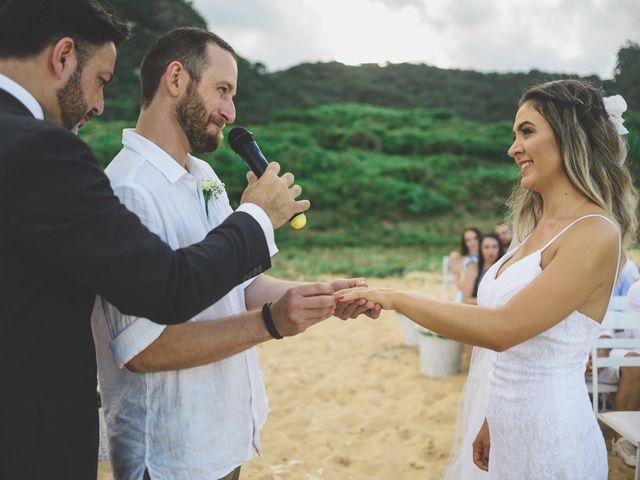 O casamento de Raphael e Ionara em Itapema, Santa Catarina 35