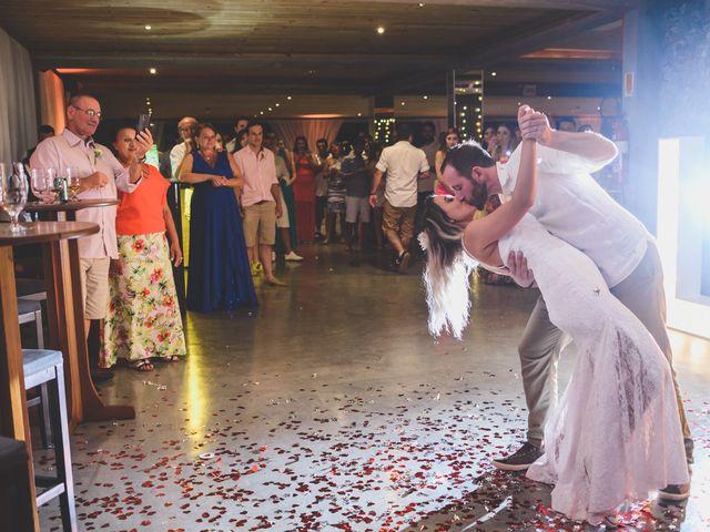 O casamento de Raphael e Ionara em Itapema, Santa Catarina 66