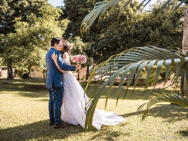 O casamento de Matheus e Sallie em Serra, Espírito Santo 18