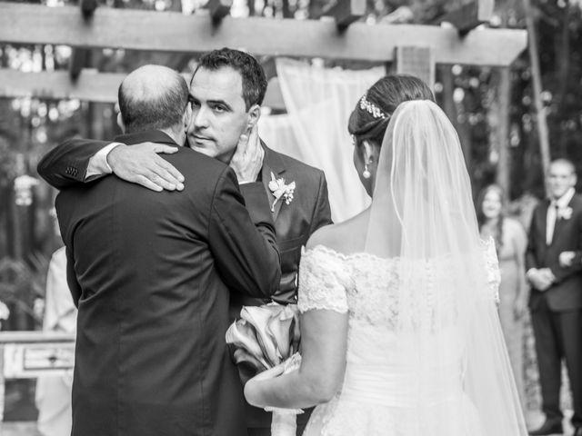 O casamento de Diego e Fernanda em Itapecerica da Serra, São Paulo 39