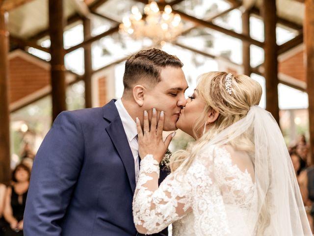 O casamento de Karin e Paulo em Curitiba, Paraná 40